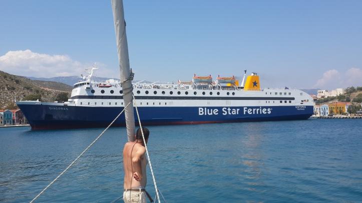 kastelo ferry.jpg
